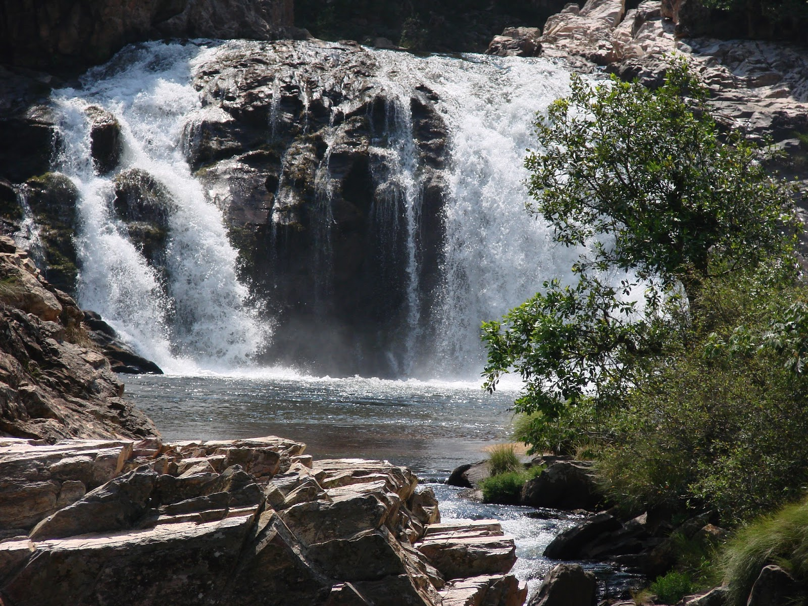 Cachoeira do Ouro - Delfinópolis MG.