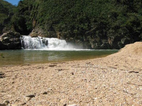 Cachoeira Zé Carlinho
