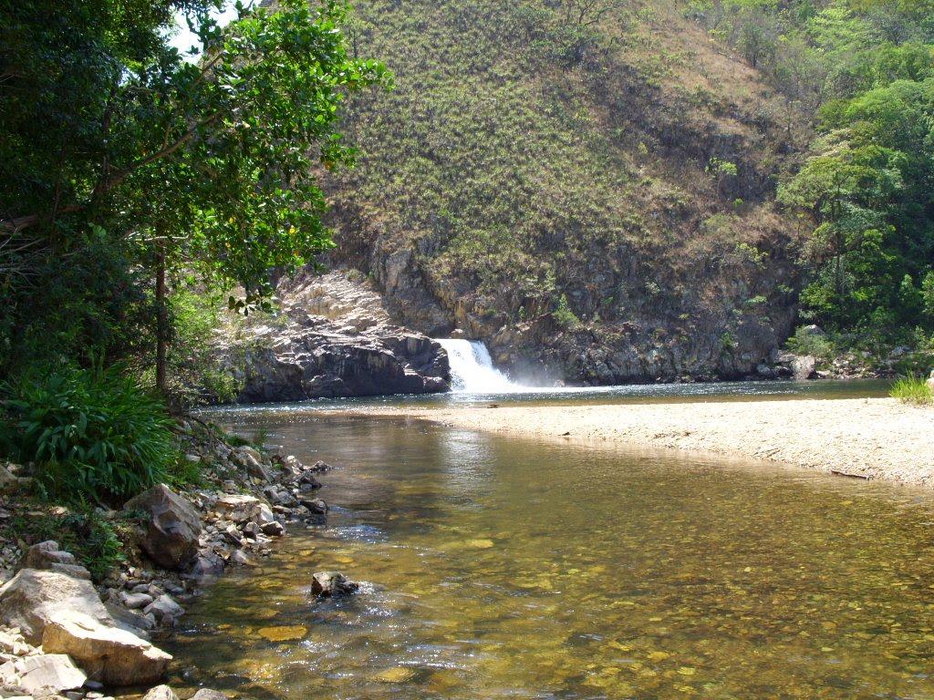 Guia de Cachoeiras - Delfinópolis MG.